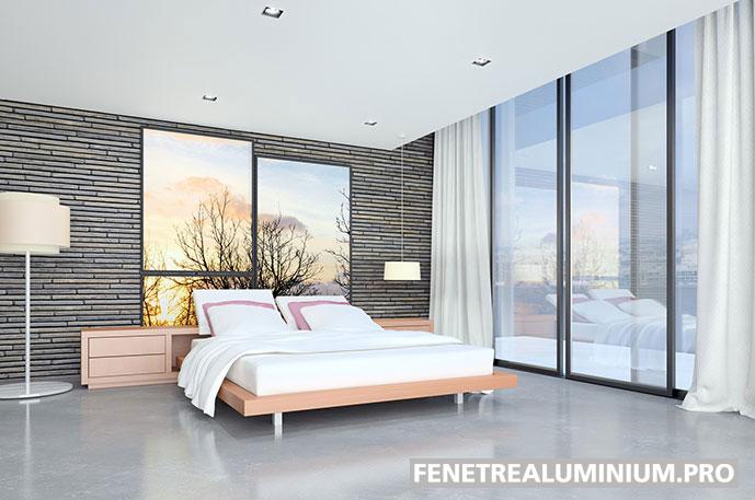 chambre lit baie vitree fenetre